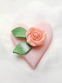 Pink sugar heart with marzipan rose