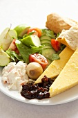 Ploughman's lunch (UK)