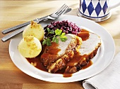 Roast pork with potato dumplings and red cabbage (Bavaria)
