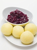 Red cabbage and potato dumplings
