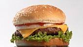 Ein sich drehender Cheeseburger