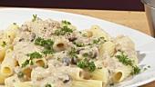 Rigatoni with mushroom sauce