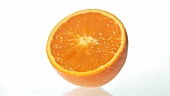 Eine Orangenhälfte