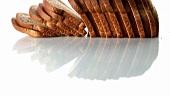 Kastenbrot in Scheiben geschnitten