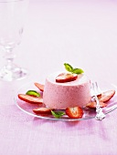 Strawberry parfait with strawberry slices