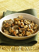 Clams with Tomatoes in Broth