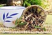 Japanese honeysuckle stem tea (Ren Dong Teng)