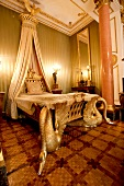 Gilded bed chamber of Princess Therese