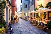 Regensburg: Hinter der Grieb am Abend, Kaminski, Le Mura