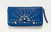 Mini-Tasche in Azurblau mit Nieten und Reißverschluss