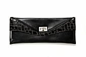 Clutch Bag aus Kunstleder mit Kroko- Optik, close-up