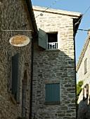 Toskana, Hotel Cavoleto, Steinhaus, Außenansicht