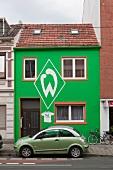 Bremen: Hausfassade grün-weiss