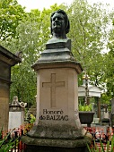 Grave of Honore de Balzac in Pere Lachaise Cemetery, Paris