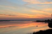 Ostseeküste: Blick aufs Meer, Sonnenuntergang, malerisch.