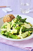 Asparagus salad with artichokes and avocado