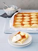 Apfelkuchen mit Sahneguss (Elsass, Frankreich)