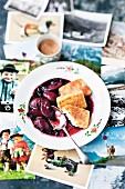 Hollerkoch mit Grießschnitten (Österreich)