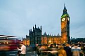 London, Big Ben, Palace of Westminster, abends, Uhrturm