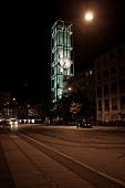 Aarhus, Rathaus, Glockenturm, Uhr, Straße, beleuchtet, nachts