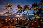Sri Lanka, Colombo, Galle Face Hotel Terrasse, Indischer Ozean, abends