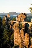 Sachsen: Nationalpark, Überblick, Felsen, Brücke, Horizont, malerisch
