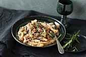 Casarecce with mushroom sauce and rosemary