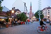 Deutschland, München, Wiener Platz, Dämmerung