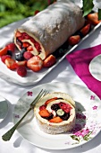 Sponge roll with berries