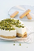 Cream cheese cake with pistachios