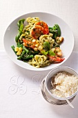 Prawns with vegetables and tagliatelle