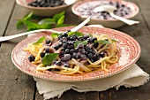 Linguine with blueberry sauce