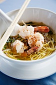 Noodle soup with scampi (Thailand)