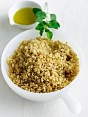 Gekochte Quinoa mit Olivenöl