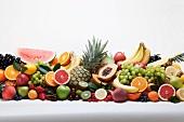 Stillelben mit verschiedenen Früchten