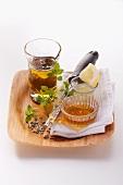 Zutaten für Zitronen-Basilikum-Marinade