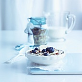 Porridge with nuts, bananas and blueberries