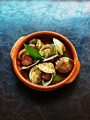 Clams in a herb broth