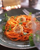 Scallops with caraway and grated carrot