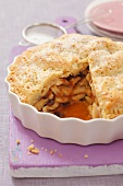 Apple pie and raisins, sliced