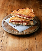 Croque monsieur with chicken breast and ham