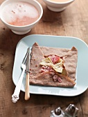 Crepe with artichoke and ham