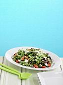 Frühlingssalat mit gebratenem Spargel und Dill