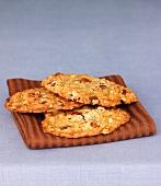 Oatmeal-nut cookies