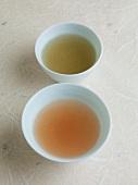 Suppen aus Japan: Konbu Dashi (Algenpulver) und Katsuo Dashi (getrocknete Bonitoflocken)