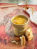 Lentil soup with white bread