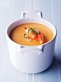 Prawn soup with tarragon