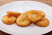 Erdäpfelblattln (deep-fried potato cakes, Tyrol)