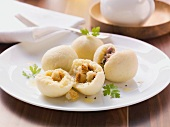 Potato dumplings filled with croutons and ham