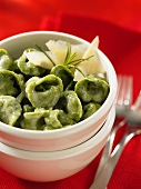 Spinach ravioli with four types of cheese